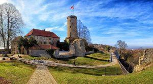 Die Sparrenburg Bielefeld wurde als Burg vor 1250 durch die Grafen von Ravensberg erbaut.